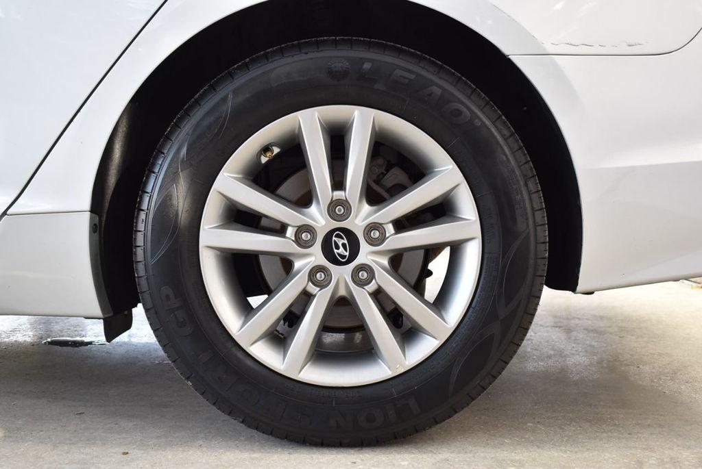 2017 Hyundai Sonata 2.4L - 18439610 - 10