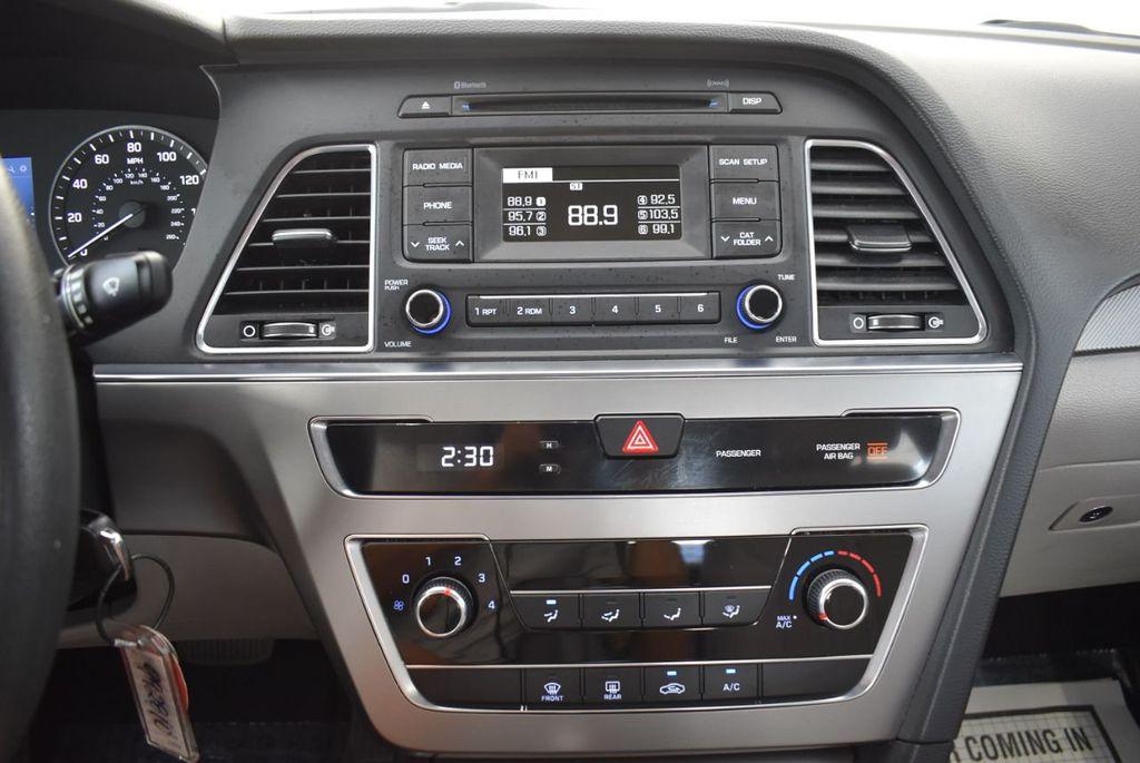 2017 Hyundai Sonata 2.4L - 18439610 - 20