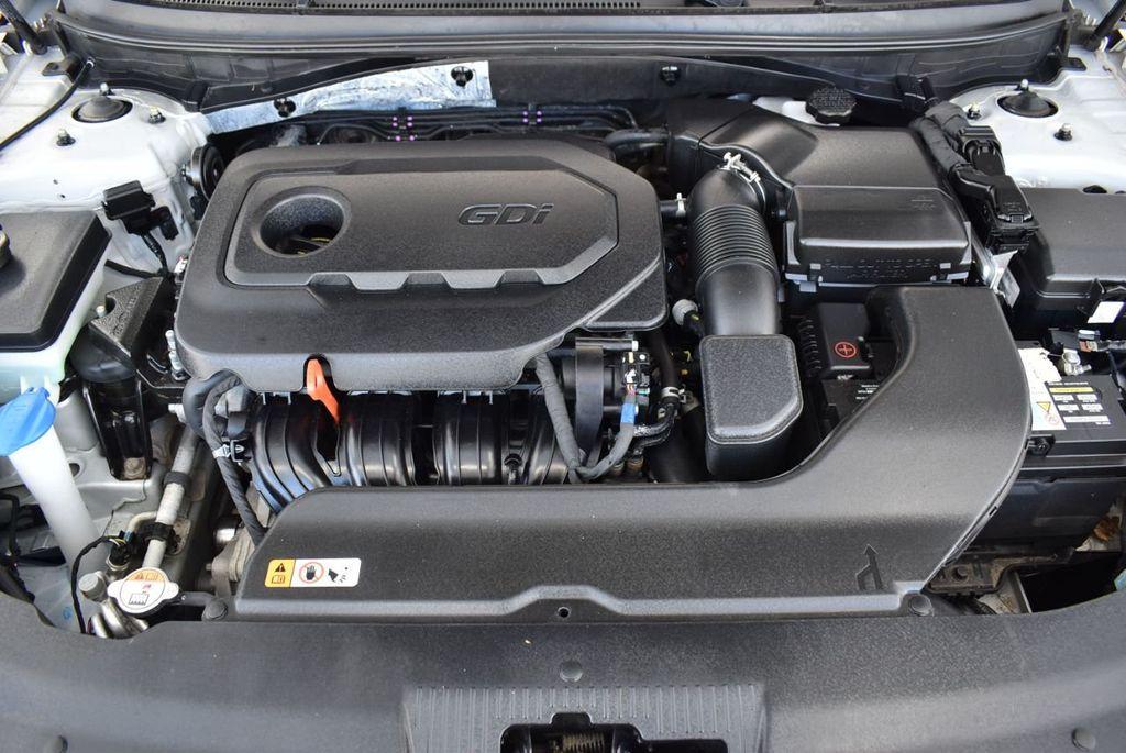 2017 Hyundai Sonata 2.4L - 18439610 - 26