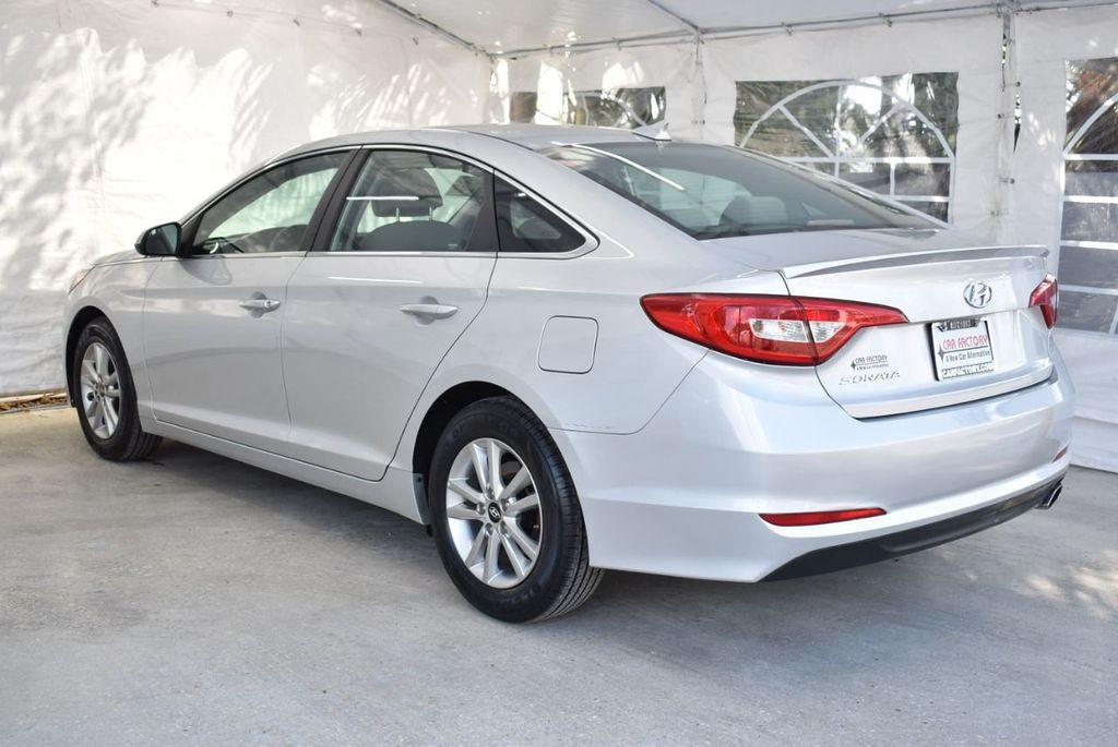 2017 Hyundai Sonata 2.4L - 18439610 - 5