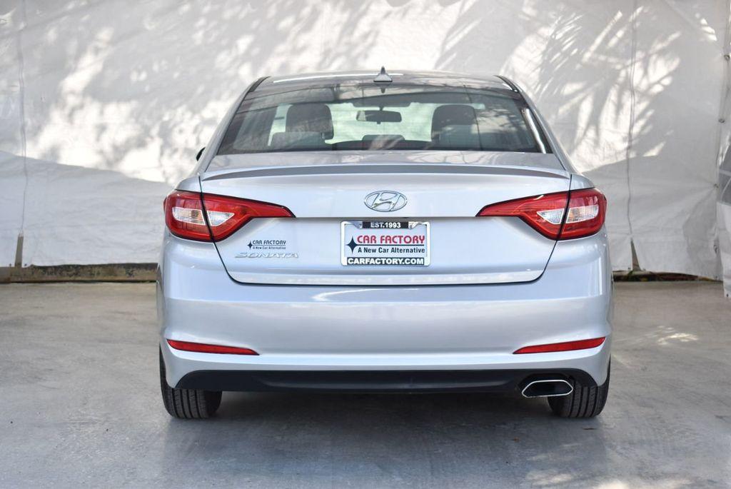 2017 Hyundai Sonata 2.4L - 18439610 - 7