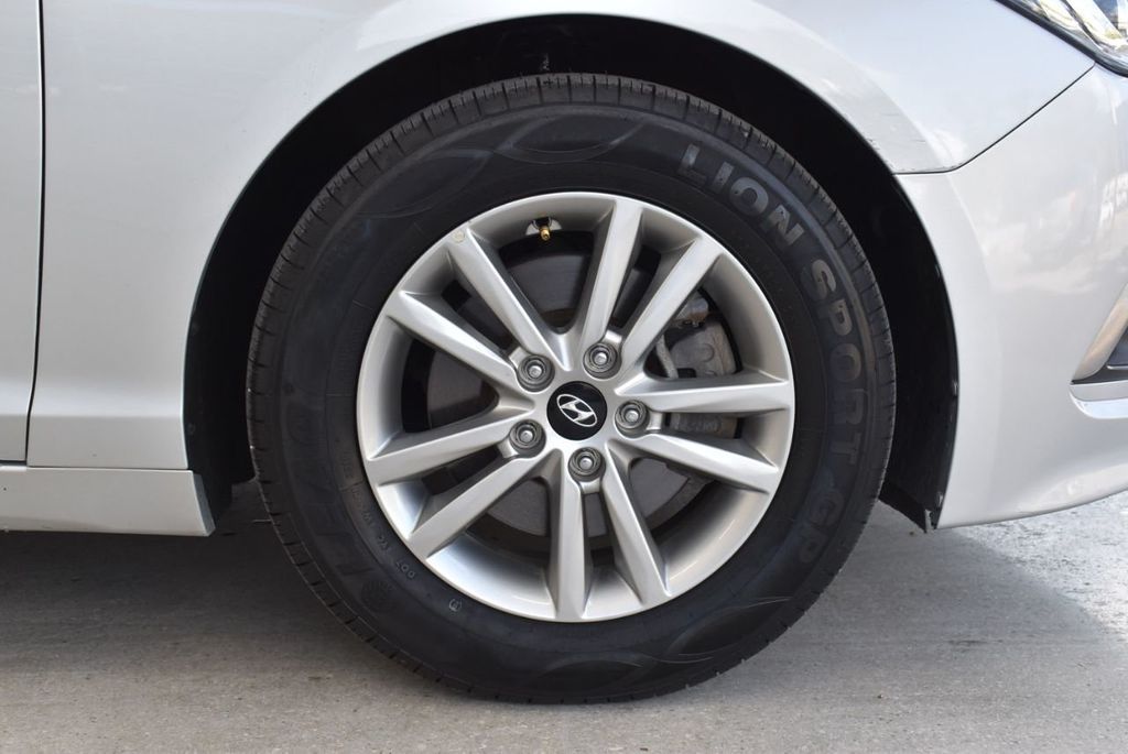 2017 Hyundai Sonata 2.4L - 18439610 - 8