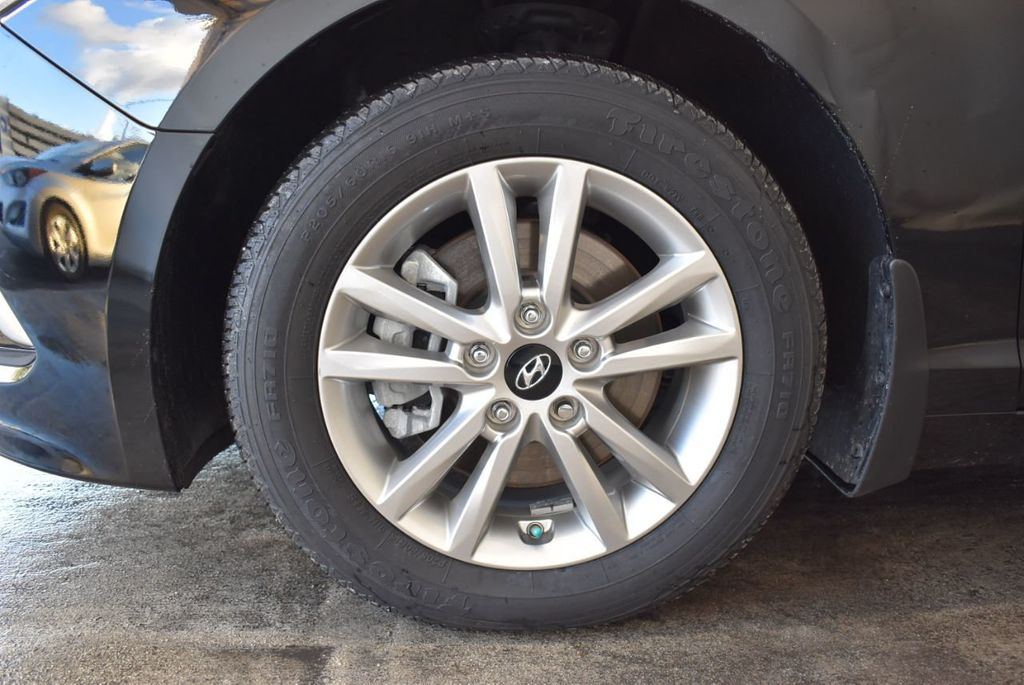 2017 Hyundai Sonata Limited 2.0T - 18211307 - 9