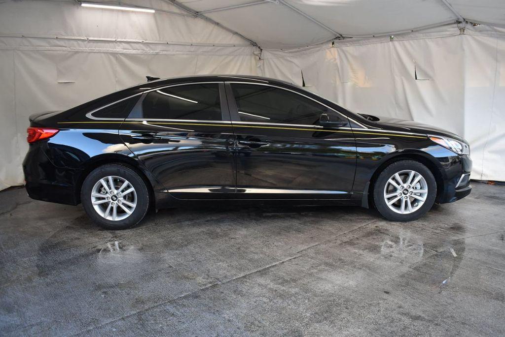 2017 Hyundai Sonata Limited 2.0T - 18211307 - 1