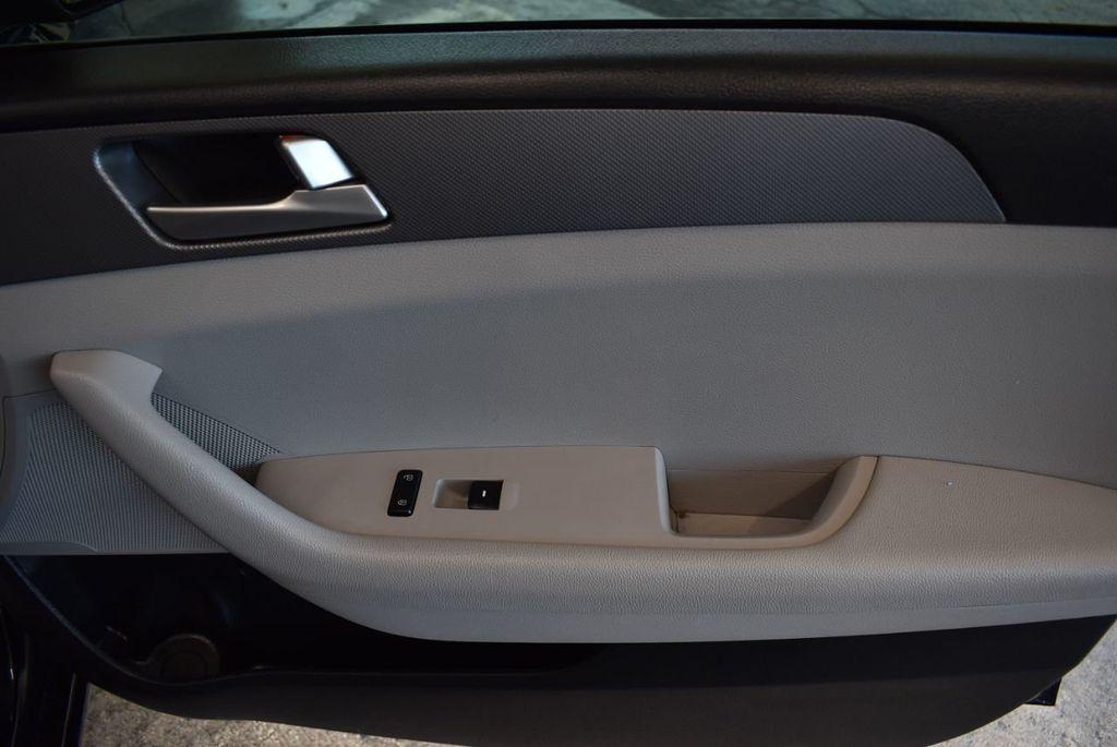 2017 Hyundai Sonata Limited 2.0T - 18211307 - 21