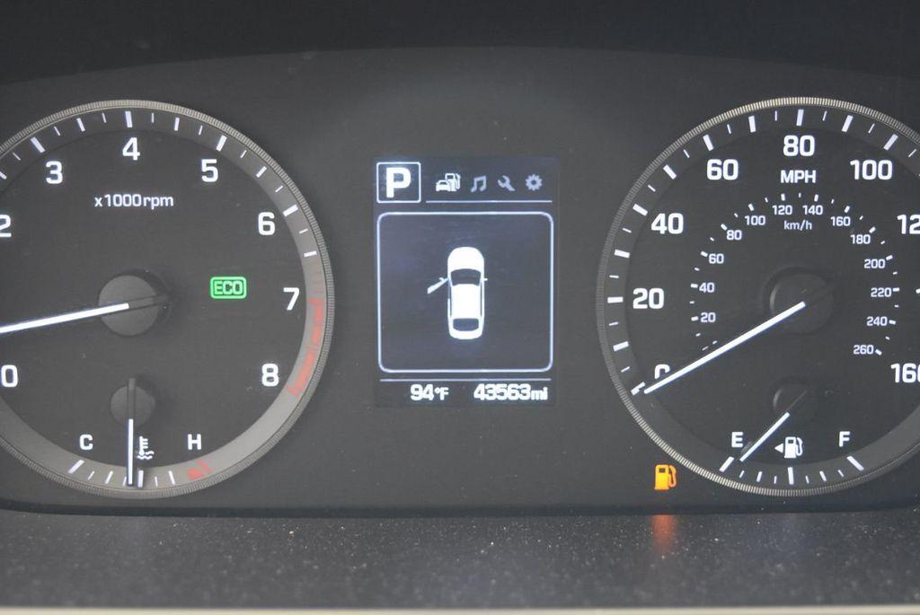 2017 Hyundai Sonata SE 2.4L - 17965854 - 8