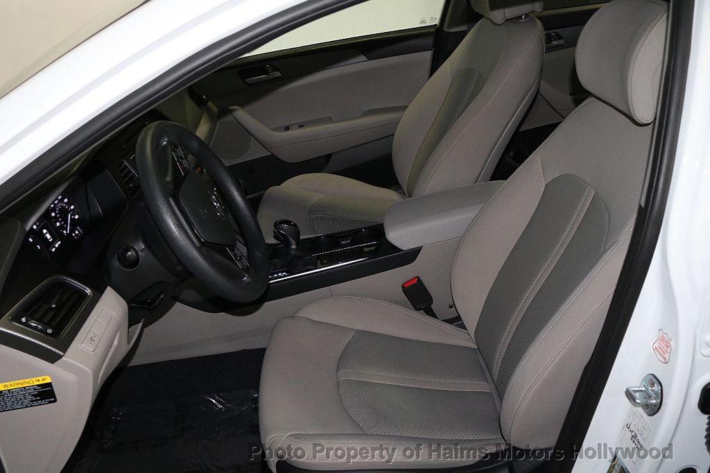 2017 Hyundai Sonata SE 2.4L - 17595324 - 16