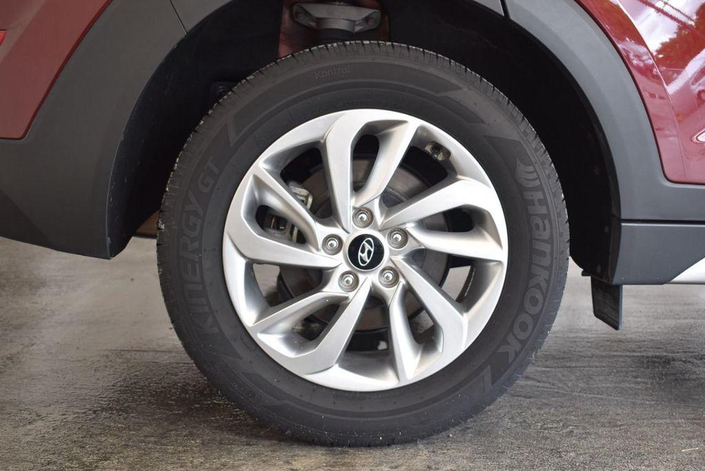 2017 Hyundai Tucson SE FWD - 18044369 - 9