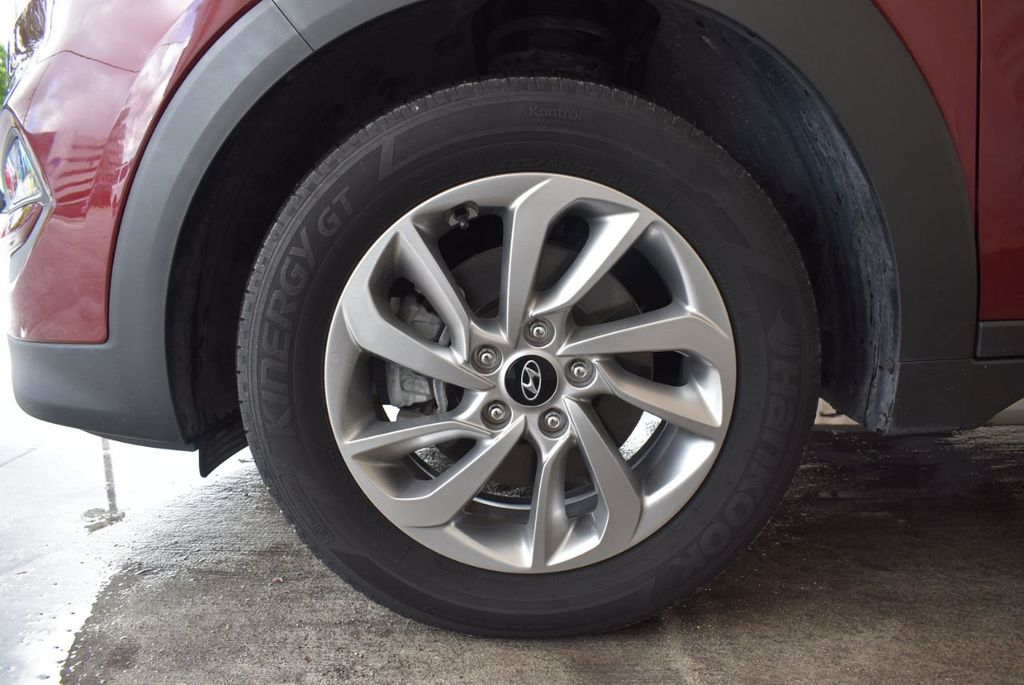 2017 Hyundai Tucson SE FWD - 18044369 - 11