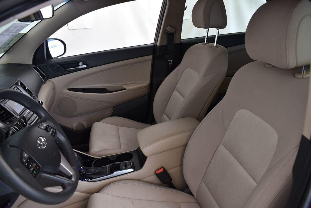2017 Hyundai Tucson SE FWD - 18044369 - 12