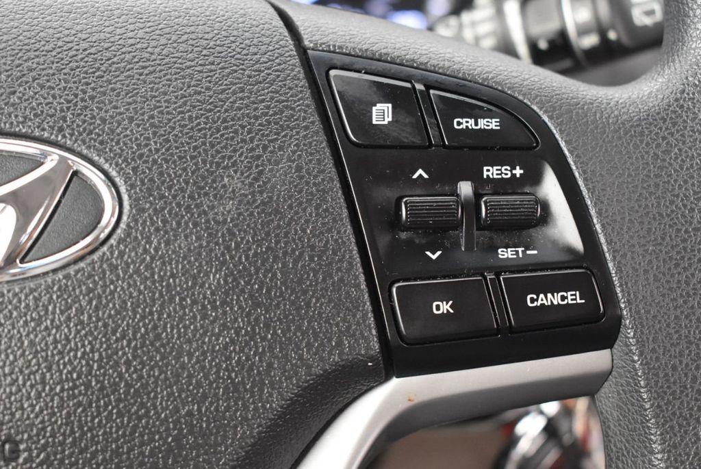 2017 Hyundai Tucson SE FWD - 18044369 - 18