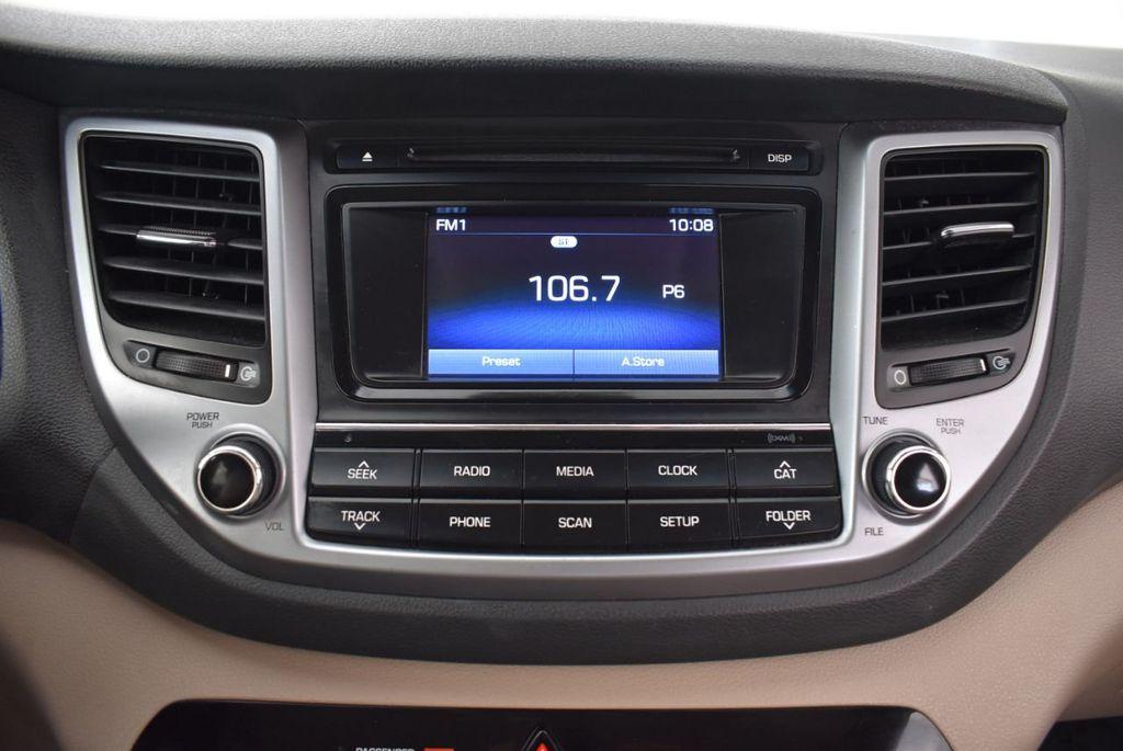 2017 Hyundai Tucson SE FWD - 18044369 - 20
