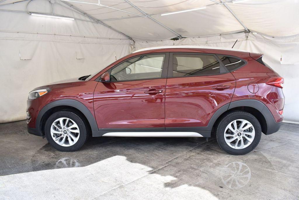 2017 Hyundai Tucson SE FWD - 18044369 - 4