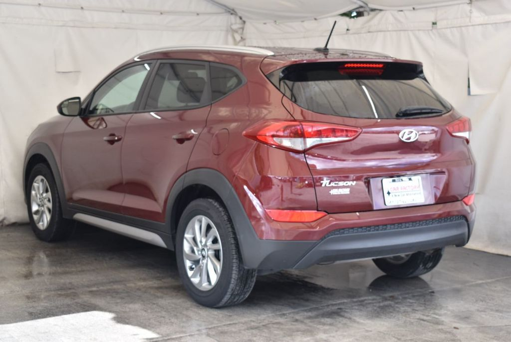2017 Hyundai Tucson SE FWD - 18044369 - 5
