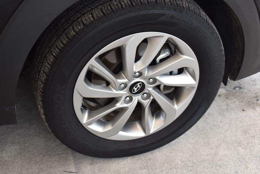 2017 Hyundai Tucson Sport FWD - 17899608 - 9