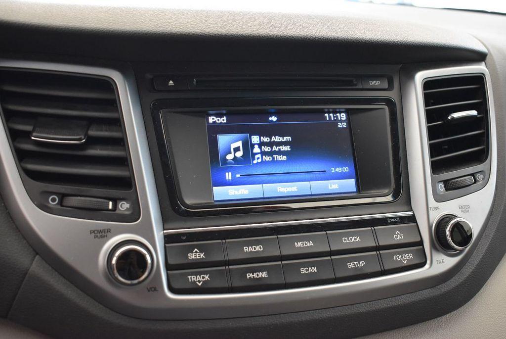 2017 Hyundai Tucson Sport FWD - 17899608 - 11