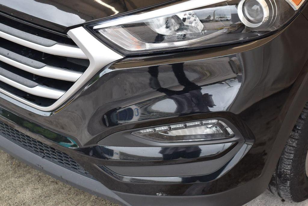 2017 Hyundai Tucson Sport FWD - 17899608 - 3