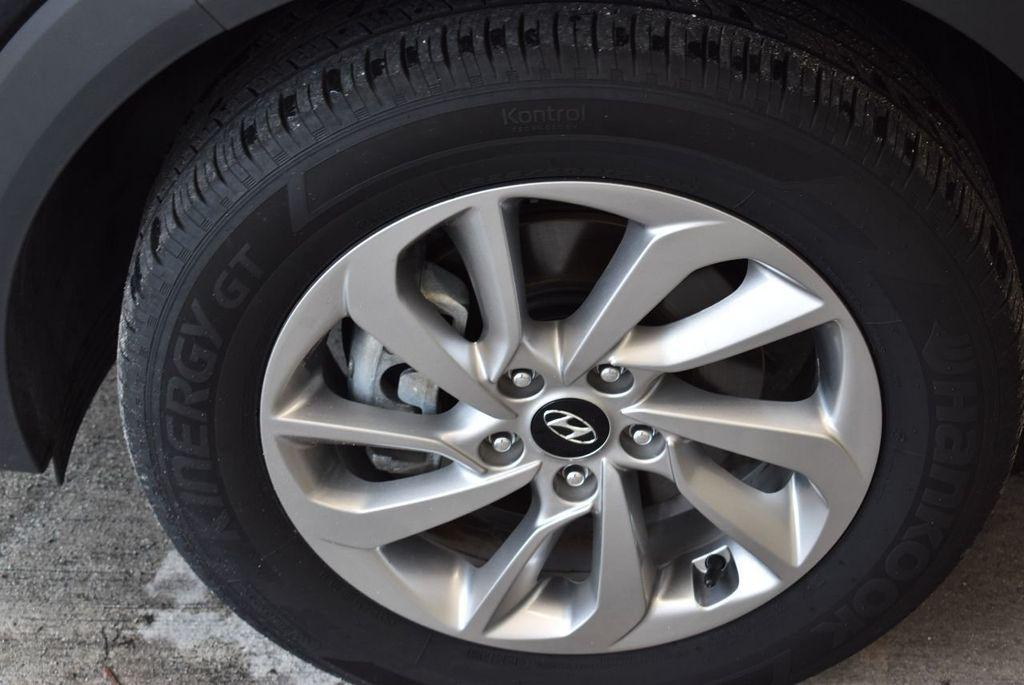 2017 Hyundai Tucson Sport FWD - 17899608 - 5