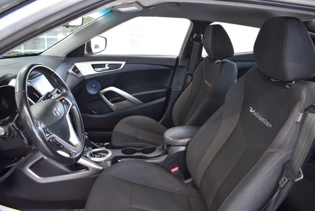 2017 Hyundai Veloster  - 18387264 - 11