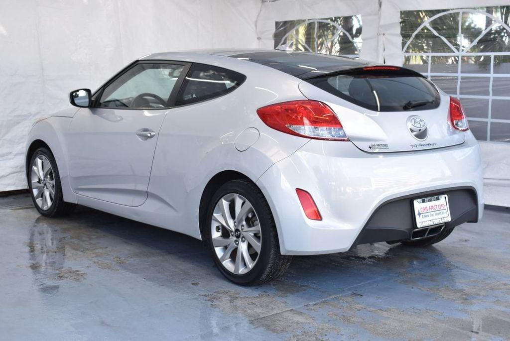 2017 Hyundai Veloster  - 18387264 - 5