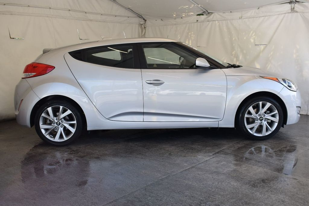 2017 Hyundai Veloster Value Edition Dual Clutch - 17875132 - 2