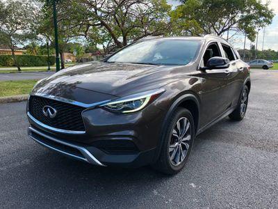 2017 INFINITI QX30 Luxury AWD SUV