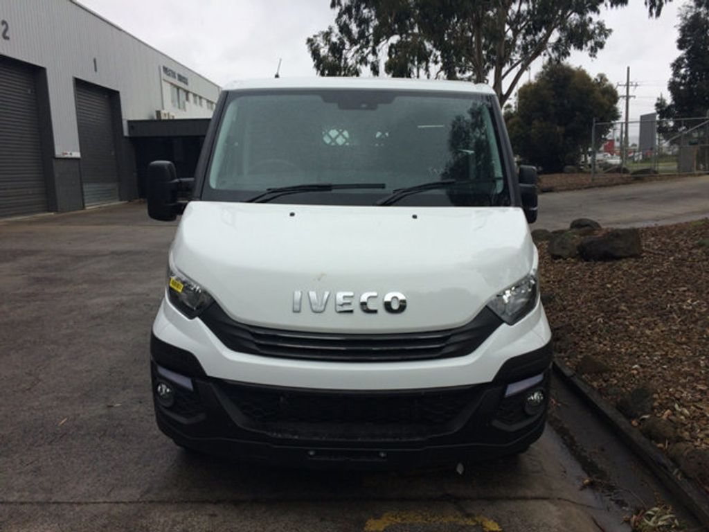 2017 Iveco DAILY  35S13A8V-9 Short wheel base - 18497684 - 2