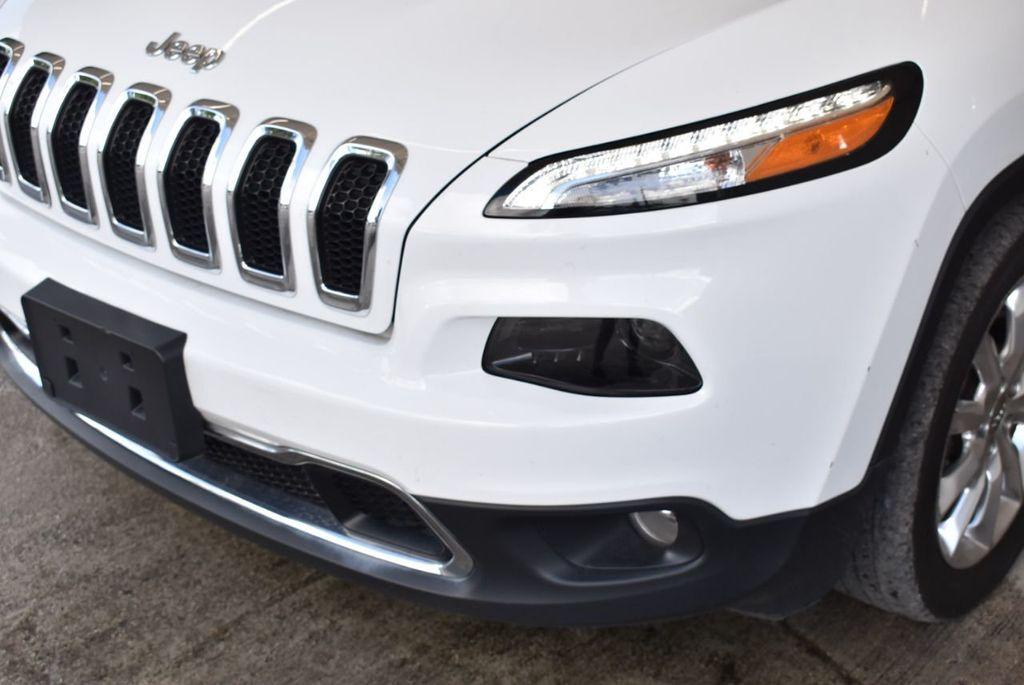 2017 Jeep Cherokee  - 18268249 - 3