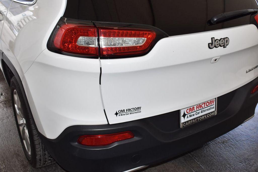 2017 Jeep Cherokee  - 18268249 - 7