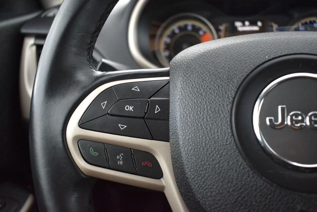 2017 Jeep Cherokee Altitude FWD - 18716095 - 23
