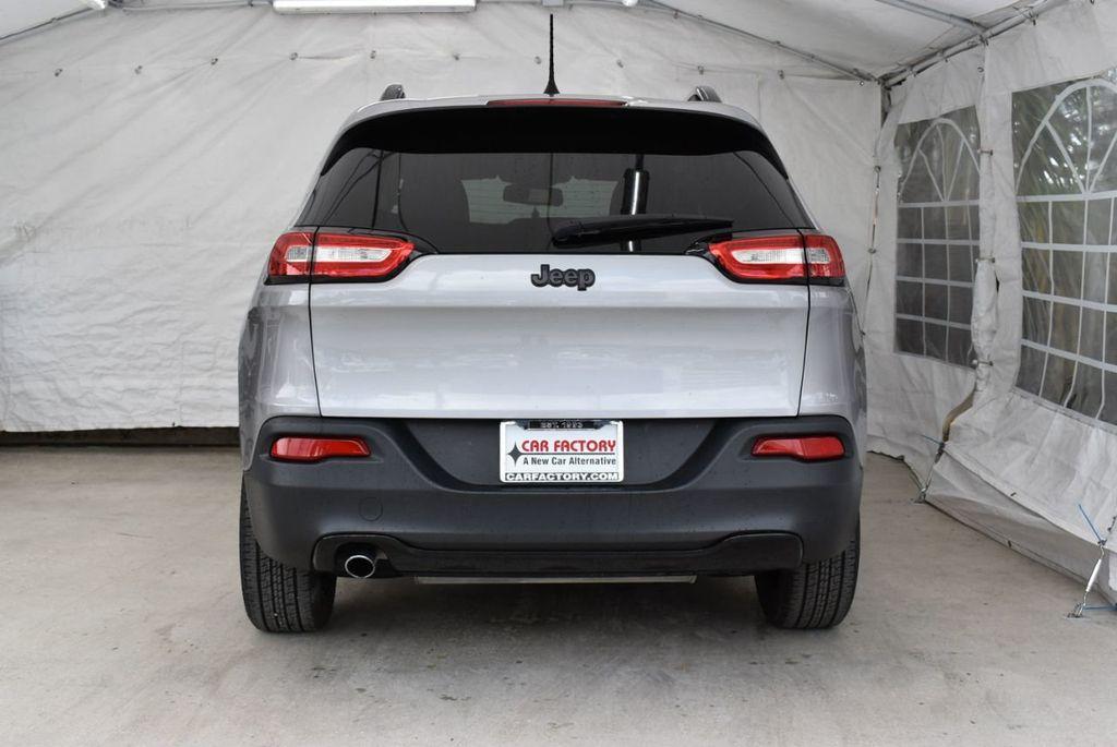 2017 Jeep Cherokee Altitude FWD - 18716095 - 7