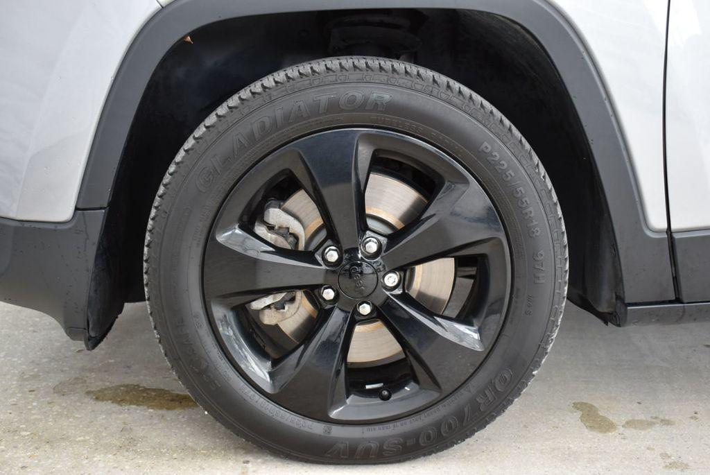 2017 Jeep Cherokee Altitude FWD - 18716095 - 8