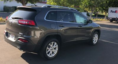 2017 Jeep Cherokee Latitude FWD - Click to see full-size photo viewer