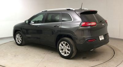 2017 Jeep Cherokee Latitude FWD SUV - Click to see full-size photo viewer
