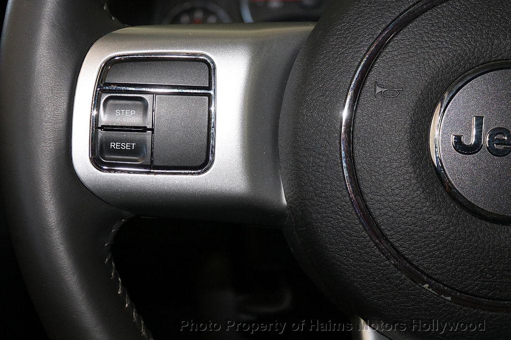 2017 Jeep Compass Latitude FWD - 17789594 - 23