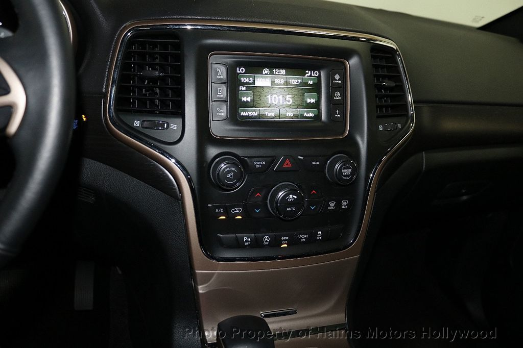 2017 Jeep Grand Cherokee Laredo 4x4 - 18187571 - 18