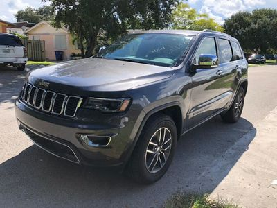2017 Jeep Grand Cherokee Limited 4x2 SUV