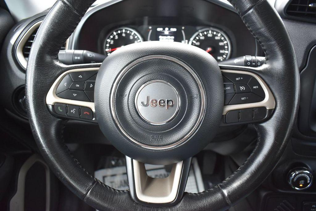 2017 Jeep Renegade Latitude FWD - 17924942 - 22