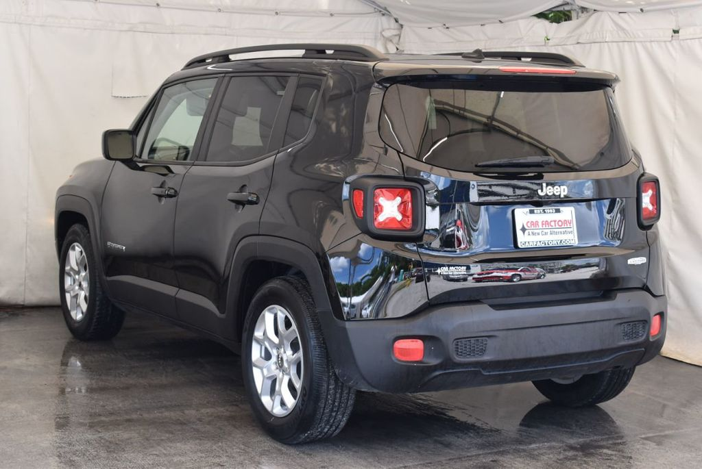 2017 Jeep Renegade Latitude FWD - 18250843 - 5