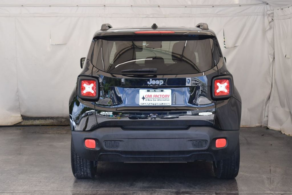 2017 Jeep Renegade Latitude FWD - 18250843 - 7