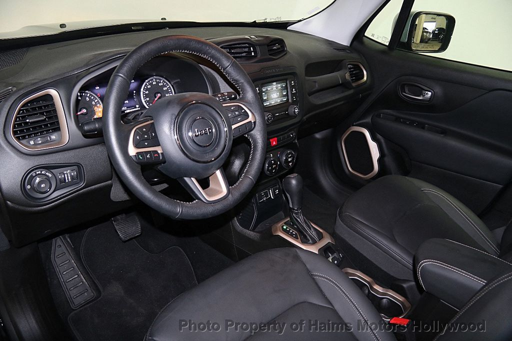 2017 Jeep Renegade Limited FWD   16837279   17