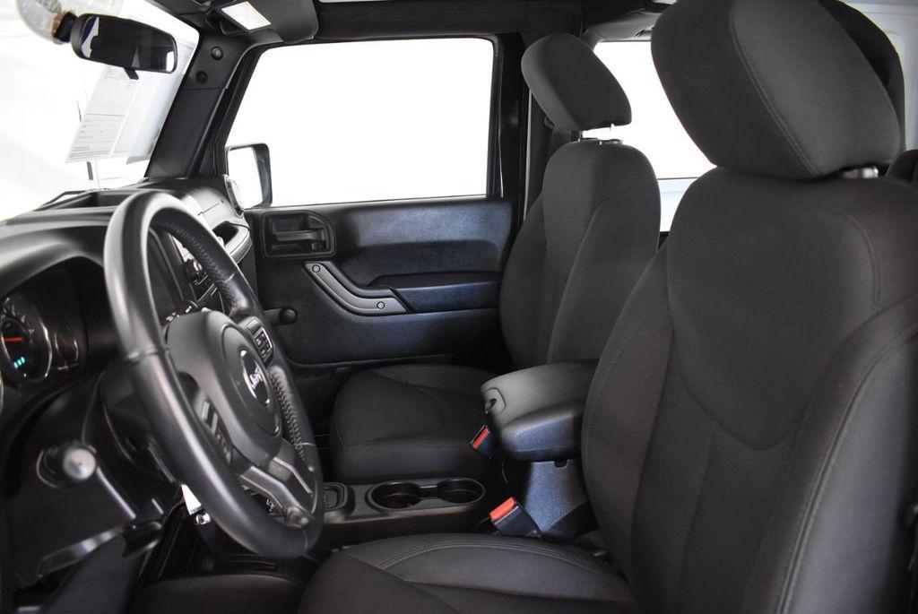 2017 Jeep Wrangler 1XH4 - 18161907 - 13