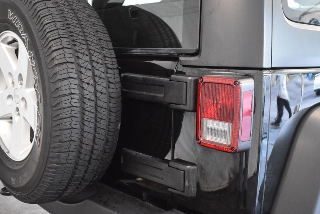 2017 Jeep Wrangler 1XH4 - 18161907 - 1