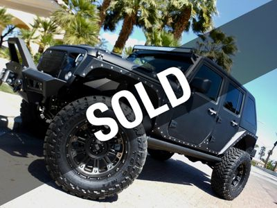 2017 Jeep Wrangler Unlimited - 1C4BJWDG2HL527466