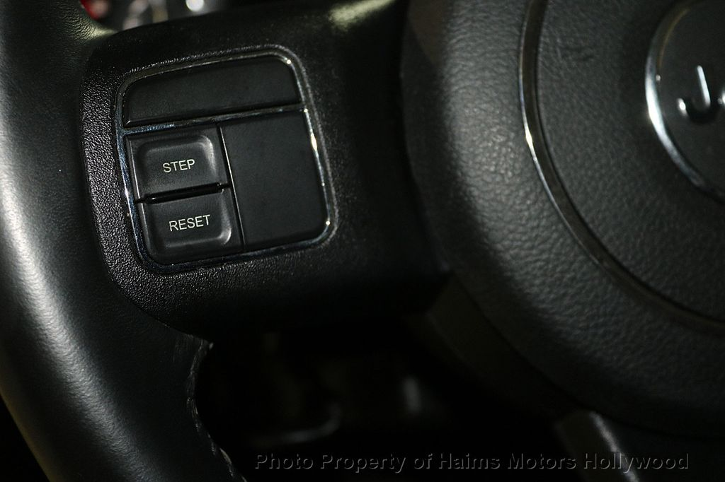 2017 Jeep Wrangler Unlimited CUSTOM JEEP - 17975928 - 26