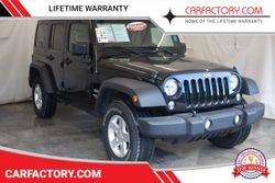 2017 Jeep Wrangler Unlimited - 1C4HJWDG7HL585664