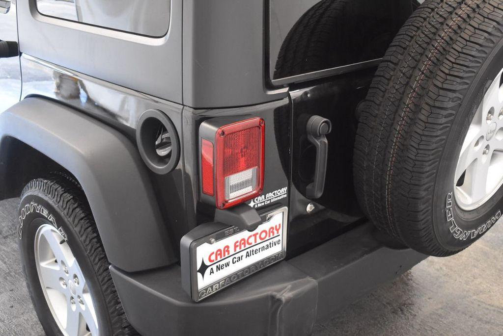 2017 Jeep Wrangler Unlimited Rubicon 4x4 - 17986922 - 7