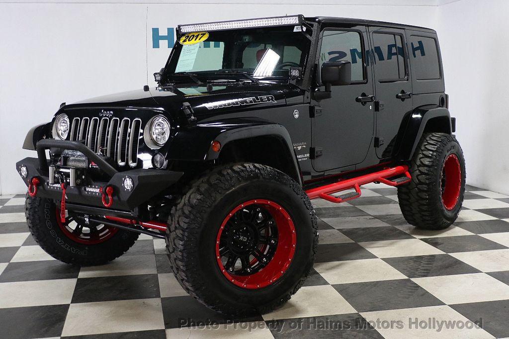 2017 Jeep Wrangler Unlimited Sahara 4x4 - 17858508 - 10