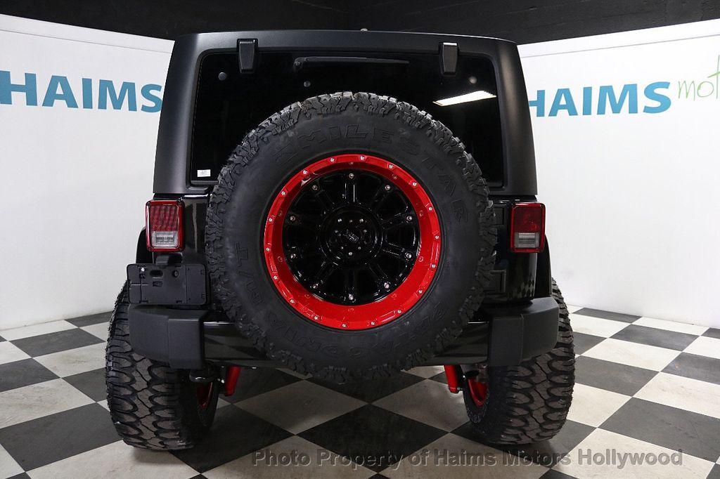 2017 Jeep Wrangler Unlimited Sahara 4x4 - 17858508 - 15