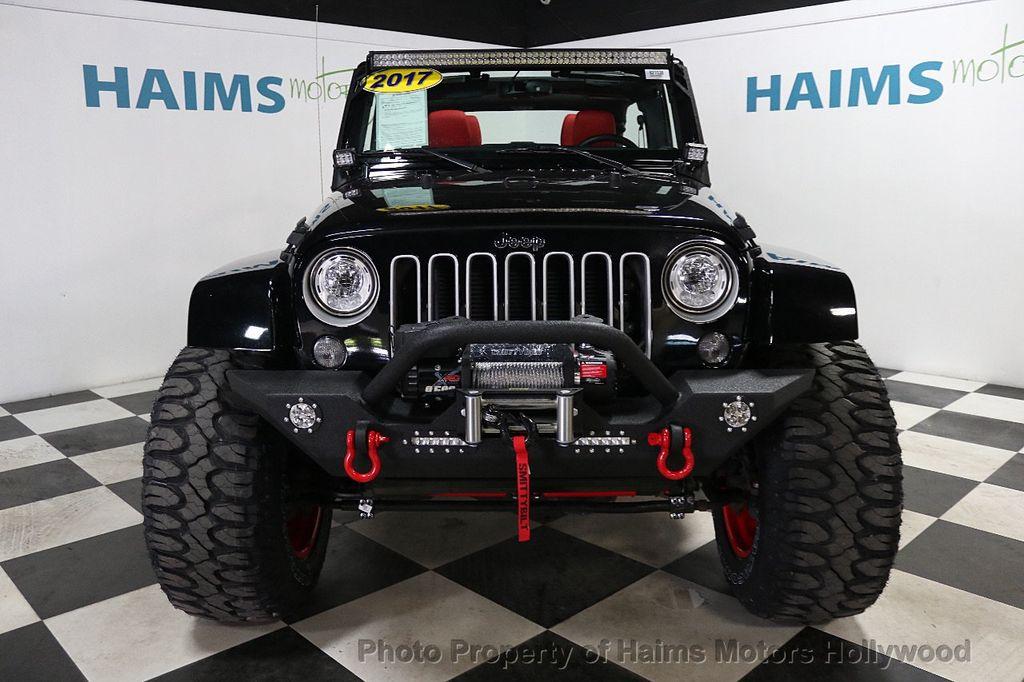 2017 Jeep Wrangler Unlimited Sahara 4x4 - 17858508 - 3